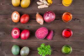 Ostereier mit Lebensmitteln färben