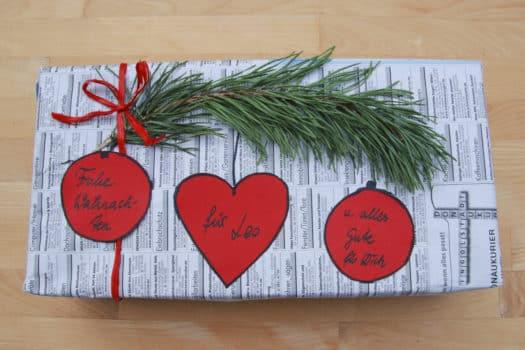 Weihnachtsgeschenk nachhaltig verpacken