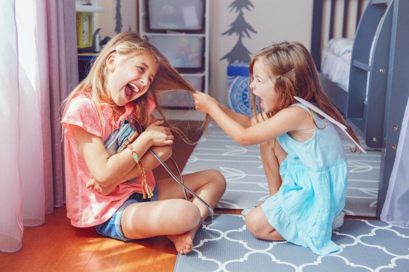 Geschwister streiten